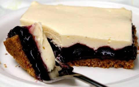 Easy Blueberry Cheesecake Bars :
