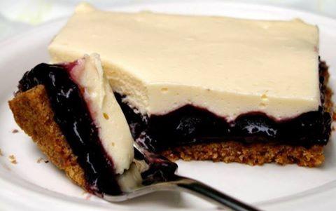 Easy Blueberry Cheesecake Bars :