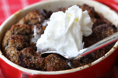 DARK CHOCOLATE CHUNK BREAD PUDDING