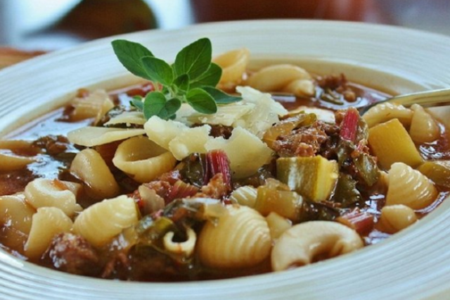 THE BEST SLOW COOKER ITALIAN SAUSAGE SOUP