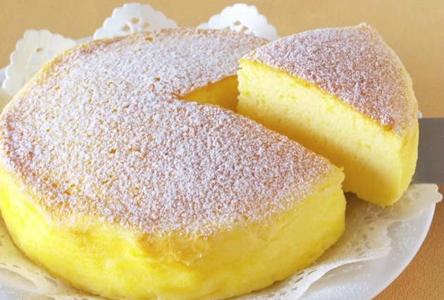 "THE WHOLE WORLD IS CRAZY FOR THIS ""JAPANESE CHEESECAKE"" WITH ONLY 3 INGREDIENTS! (VIDEO)"