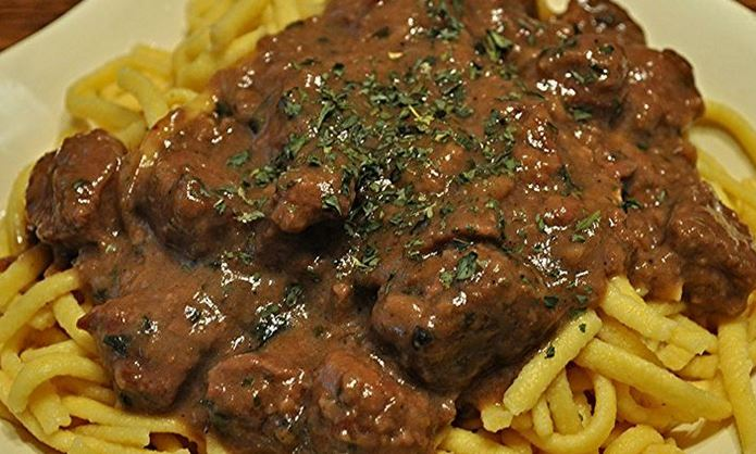 Slow Cooker Sirloin Tips and Gravy