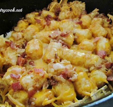 Crock Pot Bacon Cheeseburger Tater Tot Casserole