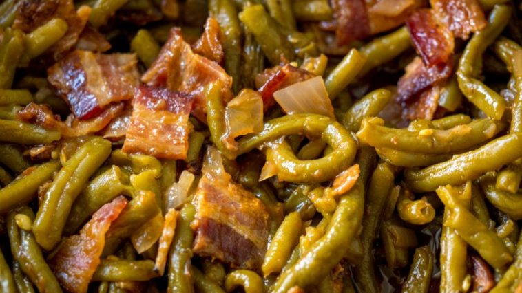 Slow Cooker BBQ Green Beans
