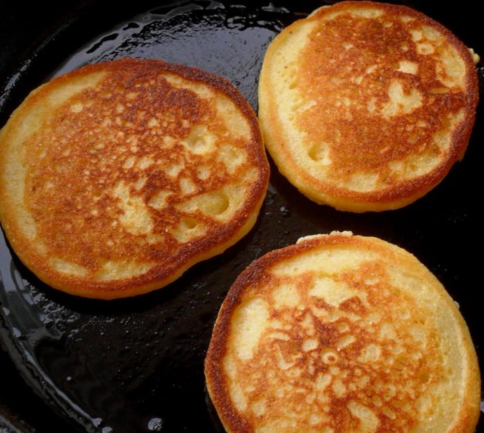Fried Cornbread Southern Cornmeal Hoecakes Recipes 2 Day