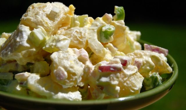 Easy Classic Potato Salad