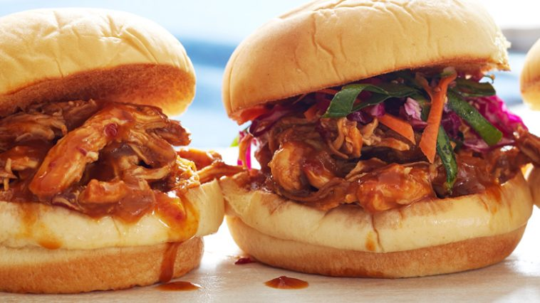Slow Cooker Pulled Chicken Sliders